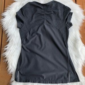 Athleta Tops - [Athelta] Gray Short Sleeve Work our Top - XXS